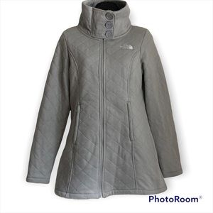 The North Face Caroluna jacket is gray size small